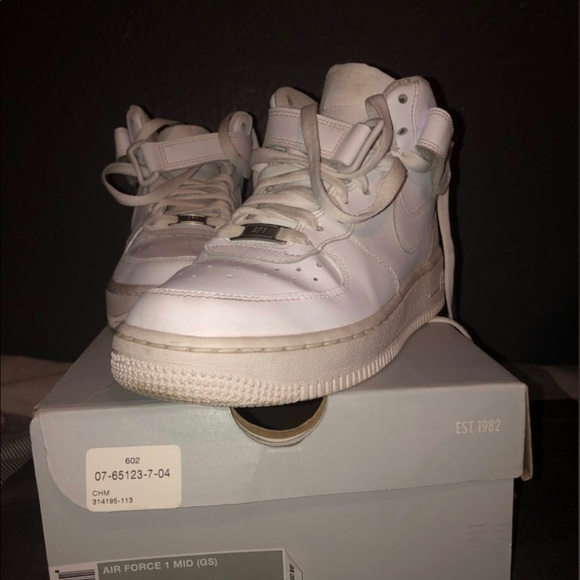 Air Force 1 MID (white)